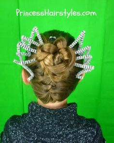 Love this spider hair for halloween  Whole web page is good for nice pretty hair styles