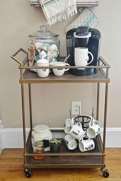 DIY coffee cart - lizmarieblog.com Good for when you have company sending the night.