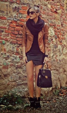 like the outfit... Love the jacket & skirt!