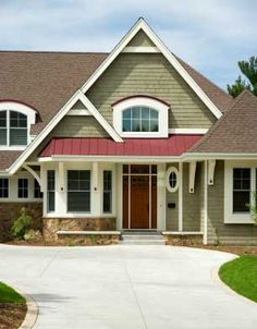 Expertly-Crafted Paint Schemes For Your Home Exterior | Exterior ...