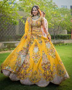 Designer Bridal Lehenga, Wedding Lehenga Designs, Bridal Lehenga Choli, Saree, Indian Gowns Dresses, Indian Fashion Dresses, Dress Indian Style, Indian Designer Outfits, Indian Bridal Outfits