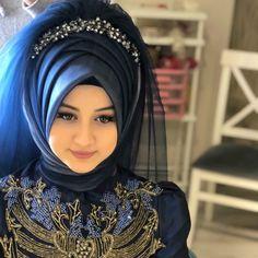 Hijabi Wedding, Muslimah Wedding Dress, Muslim Wedding Dresses, Muslim Brides, Muslim Dress, Bridal Hijab Styles, Hijab Style Tutorial, Moda Emo, Islamic Girl