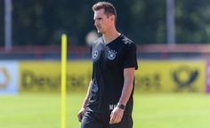 Miroslav Klose Photos Photos - Miroslav Klose is seen during a training session on June 14, 2017 in Kelsterbach, Germany. - Germany - Training & Press Conference
