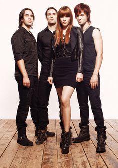 Exclusive Interview with Lzzy Hale of Halestorm: Queen of Rockin' - Guitar Girl Magazine Music Love, Music Is Life, Rock Music, My Music, Music Stuff, Lzzy Hale, Mayday Parade Lyrics, Rocker Girl, Guitar Girl