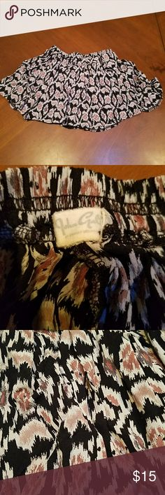 "Brandy Melville John Galt Aztec Skirt one size Brandy Melville John Galt Aztec Print Skirt one size. Black with brown print, elastic waist, approz. 12"" length. Brandy Melville Skirts Mini"