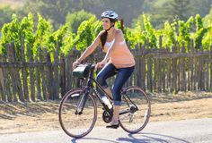 Our Full-Day Sonoma Valley Bike Tour is offered seasonally from March 1st through November 15th. During the Fall/Winter Season, check out our Classic Half-Day Bike Tour. TOUR OVERVIEW Experiencing the vineyards from the seat of a bicycle is undoubtedly one…Read more ›