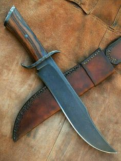 Cool Knives, Knives And Tools, Knives And Swords, Survival Weapons, Survival Tools, James Bowie, Antler Knife, Assault Weapon, Combat Knives