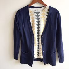 """HP[gap] navy blue cardi HP 2/21 Date Night Party. your basic navy blue cardi to wear over ANYTHING/EVERYTHING. you don't need help here...:) everyone needs a navy blue, black, and beige cardis in her closet to match w everything!facts: 22.5"""" shoulder to hem; 17"""" pit to pit nylon/merino wool/acrylic  (55/30/15). PRICE FIRM GAP Sweaters"""