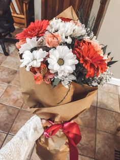 Bunch Of Flowers, May Flowers, Flowers Nature, Fresh Flowers, Beautiful Bouquet Of Flowers, Beautiful Flowers, Wedding Flowers, Bloom Baby, Flower Aesthetic