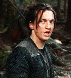 The 100 Imagines & Preferences - John Murphy appreciation. Bellarke, The 100 Cast, It Cast, Youth Daughter, The 100 Characters, Murphy The 100, Funny Text Conversations, Clexa, We Meet Again