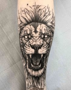 Lion tattoo designs have different symbolic meanings, and this has led to the prominence of the Lion tattoo. Because these tattoos are permanent, you need to make a final decision to avoid future regrets. Tattoos Bein, Tattoos Arm Mann, Arm Tattoos For Guys, Trendy Tattoos, Leg Tattoos, Body Art Tattoos, Sleeve Tattoos, Cool Tattoos, Tatoos