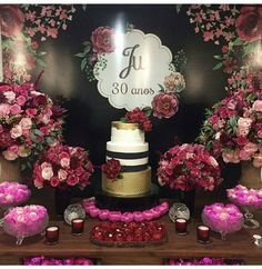 This color scheme 30th Party, 30th Birthday Parties, 60th Birthday, Kate Spade Party, Milestone Birthdays, Birthday Pictures, Decoration Table, Birthday Decorations, Pink And Gold