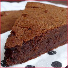 Ce gâteau a été inventé par une amie de Pierre Hermé, Suzy Palatin, une cuisinière hors pair, qui a écrit de nombreux livres.
