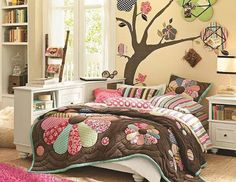 - - - GIRL... BED ROOM!!! ]]]