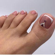 901 Likes, 4 Comments – Bridal Sac Makeup / Wedding ( … – Beauty & Seem Beautiful Cute Toe Nails, Cute Toes, Toe Nail Art, Fun Nails, Wedding Pedicure, City Nails, Toe Nail Designs, Nail Bar, Manicure And Pedicure