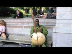 Manlong Jiobachi, Kora Player, Performs for the NYC Stars of the Streets Contest