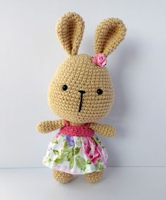 It& a World Amigurumi: Floral Bunny Pattern : It& a World Amigurumi: Floral Bunny Pattern Tweety, Floral, Free Pattern, Hello Kitty, Crochet Patterns, Bunny, Plush, Diy Crafts, Christmas Ornaments