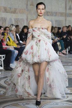 @projectfairytale: Giambattista Valli Couture Fall 2017