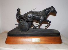VTG DON HOWDEN BRONZE NIATROSS HOLLYWOOD PARK TRACK TIME HARNESS RACING TROPHY #DONHOWDEN