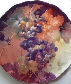 Paula White porcelain art - grapes on a plate. Paula is fabulous in grapes and all else which she paints. I love and buy her work. Cold Porcelain, Porcelain Ceramics, China Porcelain, Painted Porcelain, Porcelain Tile, Fruit Painting, China Painting, Chandelier Art, Pottery Videos