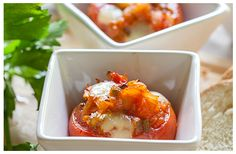Baked Tomatoes Filled with Mixed Vegetables Kitchen Recipes, Baking Recipes, Mixed Vegetables, White Bread, Mashed Potatoes, Fries, Healthy Living, Vegetarian, Lunches