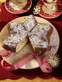 Apfel-Birnen-Stollen | Kalorien: 217 Kcal - Zeit: 1 Std. 10 Min. | http://eatsmarter.de/rezepte/apfel-birnen-stollen