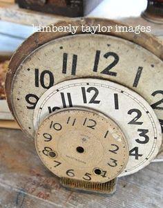 . Vintage Clocks, Old Clocks, Vintage Decor, Hickory Dickory Dock, Howard Miller, Clock Display, Clock Faces, Tic Toc, Vintage Office
