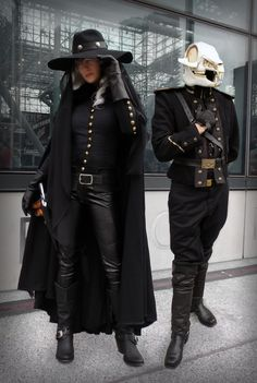 Big Alice and Death cosplays at NY Comic Con 2014 by JacquelineC & Alchemical Cosplay