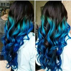 Blue ombre dyed hair @colorful.hair