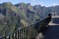 https://flic.kr/p/v3bqaV | Lookout | Eira do Serrado, Madeira, Portugal