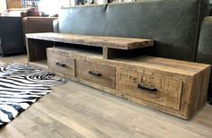 Tv Furniture, Furniture Projects, Furniture Making, Living Room Tv, Living Room Interior, Chill Room, Muebles Living, Couch Design, Rustic Industrial Decor