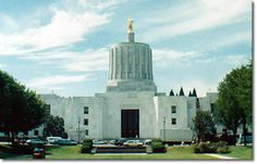 Capitol Building, Salem, Oregon ~ Lived in Salem and went to first grade of School. My Dad and Uncle built a house there States And Capitals, U.s. States, Capitol Building, Empire State Building, Salem Oregon, Oregon Travel, Hawaiian Islands, Pacific Northwest, British Columbia