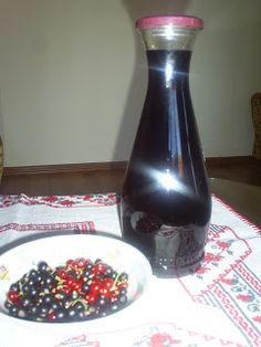 Retete cu margareta cismasiu: Vin de coacaze negre Wine Decanter, Barware, Wine, Wine Carafe, Tumbler