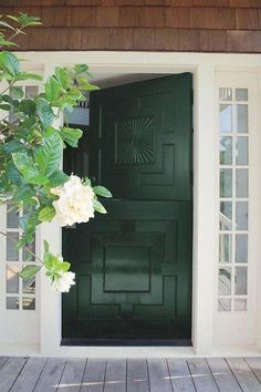 Front Door Paint Colors - Want a quick makeover? Paint your front door a different color. Here a pretty front door color ideas to improve your home's curb appeal and add more style! Green Front Doors, Wood Front Doors, Painted Front Doors, Entry Doors, Door Entryway, Wooden Doors, Foyer, Home Door Design, Garage Door Design