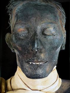 """With his linen scarf and pierced ears, Tutmosis IV maintains a peerless sense of style nearly three-and-a-half thousand years after his reign as the 8th Pharaoh of the 18th dynasty of Ancient Egypt."""