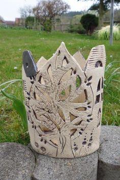 ovale Stadt mit Baum von Keramikwerkstatt - Conni`s Keramik und ausgefallene Bilder auf DaWanda.com