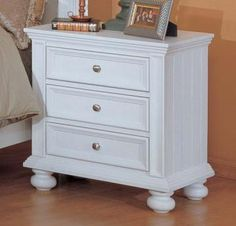 This is Katie's new nightstand