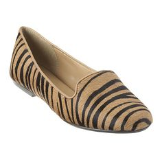 Nine West: Shoes > Flats & Ballerinas > Panto - flat :) Smoking Flats, Animal Print Flats, Fashion Flats, Fashion Fashion, Fashion Trends, Evening Shoes, Kinds Of Shoes, Clothing Items, Nine West