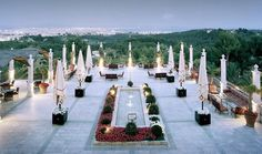 Traumhafte Aussicht vom Castillo Hotel Son Vida, Mallorca. Immobilien kaufen & Maklervergleich   http://www.immobilienmallorca24.com/immobilien-auf-mallorca-kaufen-son-vida-erste-adresse-fur-luxusimmobilien/