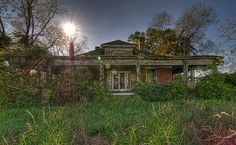 Macon County, Georgia | Flickr - Photo Sharing! *How sad, a house in Marshallville I've snuck into right here on Pinterest...EP*