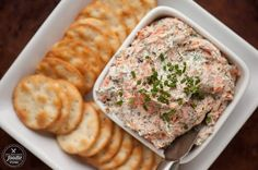 Smoked Salmon Dip made with hot smoked salmon & bacon has a spicy jalapeno kick. Also amazing as smoked salmon spread on a bagel! #salmondip #salmonspread #smokedsalmon #appetizer #dip #salmon #creamcheese #smoked #recipes #easysmokedsalmondip #withbacon #appetizers