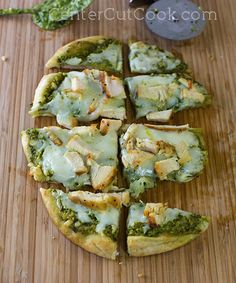 Chicken & Pesto Flatbreads! A 15 minute meal!