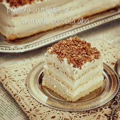 Romanian Desserts, Romanian Food, Easy Cake Recipes, Sweets Recipes, White Chocolate Mousse Cake, Homemade Cakes, Vanilla Cake, Delicious Desserts, Sweet Treats