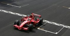 Flashback   Brasile 2007: doppietta Ferrari, Kimi campione