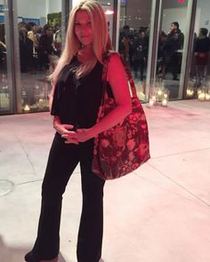 Embroidered Collection LP Tote at the new Whitney Museum opening party last year.  #lenipenn #tbt #whitneymuseum #artworld #nyclife #citynights #girlsnightout #lptote #makeadifference #dogood #organized #vegan #crueltyfree #girlpower #girlboss #womensrights #womenshistorymonth #heforshe #weforwe #strongwomen #womeninbusiness #confidenceisbeautiful #livebeautifully #travelessentials #beautifulinside #beorganized #feelgood #travelstyle #lifeofadventure