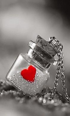 Red Heart Splash in a Bottle Heart Wallpaper, Love Wallpaper, Holiday Wallpaper, Screen Wallpaper, Valentine Crafts, Be My Valentine, Color Splash, Color Pop, Colour