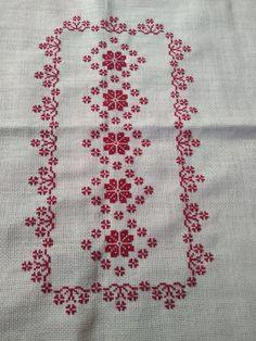 Cross Stitch Angels, Cross Stitch Borders, Cross Stitch Designs, Cross Stitch Patterns, Hand Embroidery Design Patterns, Thread Painting, Lassi, Hobbies And Crafts, Blackwork