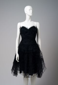 Tullle cocktail dress by Anna Sui 2000s Fashion, Anna Sui, Cocktails, Tulle, Formal Dresses, Collection, Black, Craft Cocktails, Formal Gowns