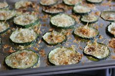 The Busy Moms' Recipe Box: Zucchini Parmesan Crisps
