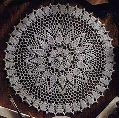 dantel örgüler motifleri cicekli desenli tig isi beyaz renk iplik